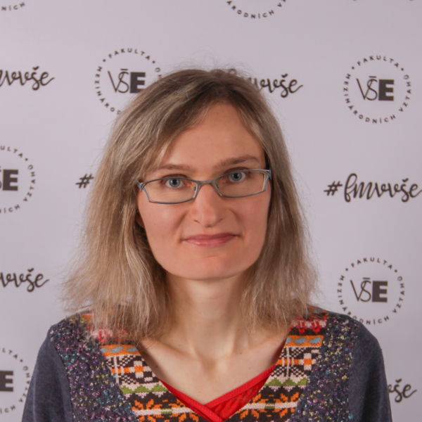 Nicole Grmelová: Czech Republic – Corporate Social Responsibility of Five Leading Food Retailers Operating in the Czech Republic.