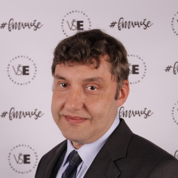 Zbyněk Dubský: Russian energy discourse on the V4 countries