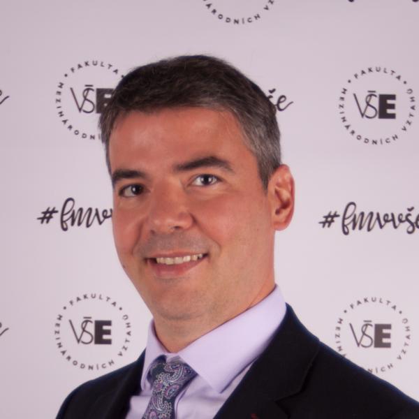 doc. Vincenzo Merella, Ph.D., MSc, ředitel Mezinárodního výzkumného centra