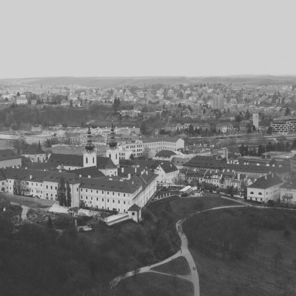 Zdravotní systém první Československé republiky v kontextu národnostního a sociálního složení – centrum vs. periferie