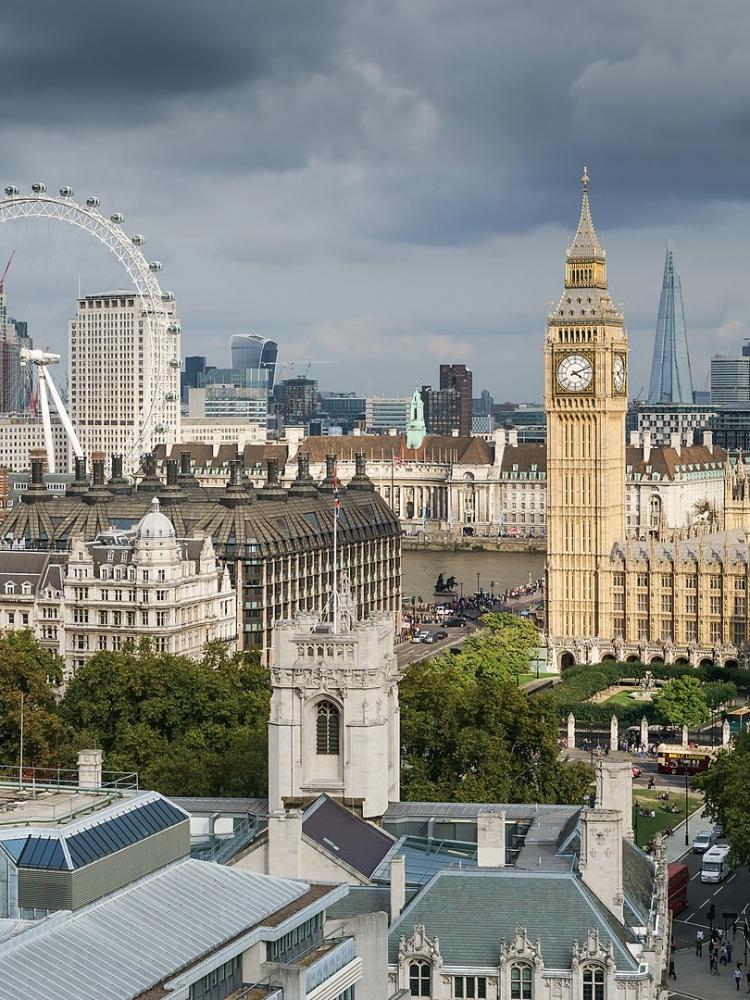 Výběrové řízení na stáž: LASVIT v Londýně a v Dubaji