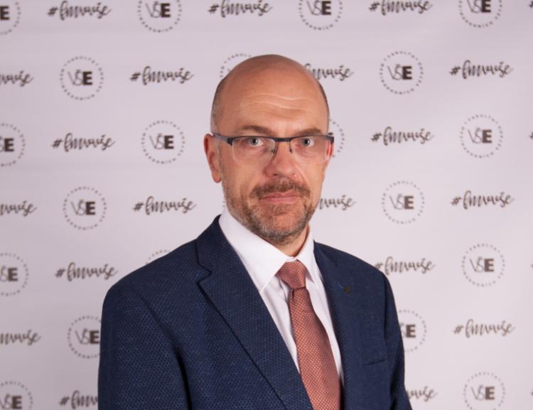 Stanislav Šaroch byl jmenován profesorem FMV VŠE