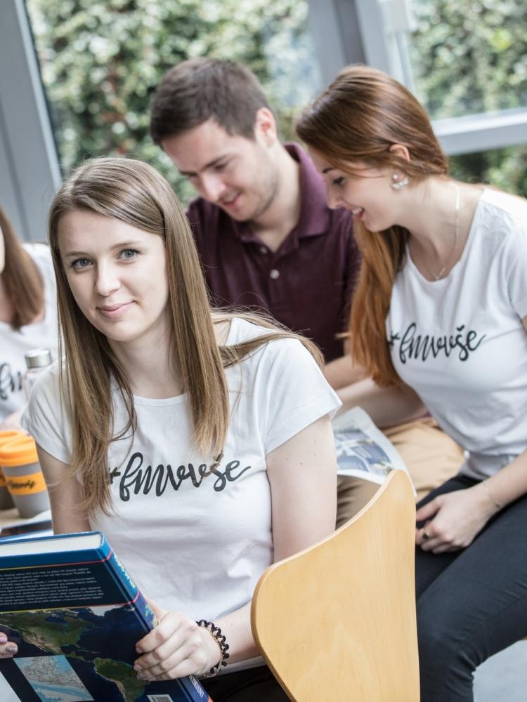Studenti FMV pomáhali jako dobrovolníci v rámci projektu Spojujeme Česko