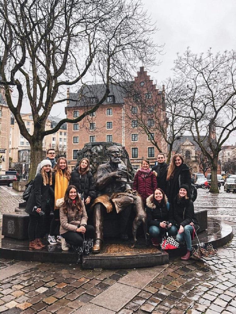 SKOK navštívil instituce EU v Bruselu. Studenty přijal velvyslanec Jakub Dürr.