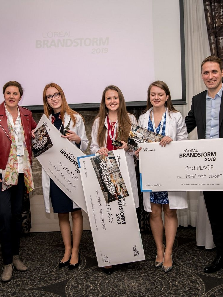 Úspěch studentů FMV ve studentské soutěži BRANDSTORM společnosti L´Oréal