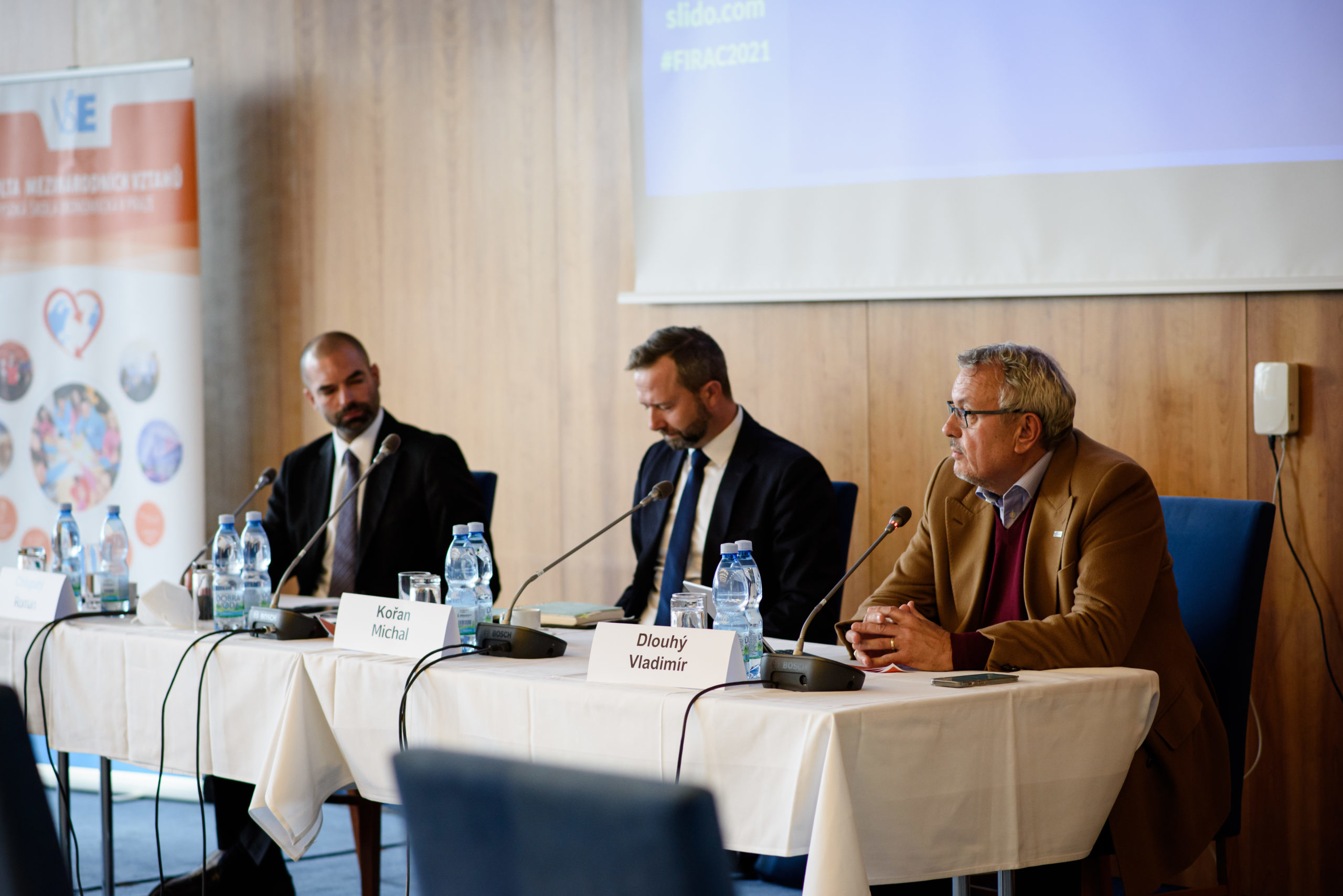 Deglobalizace, dodavatelské řetězce a pokovidová politika. Podívejte se na záznam z FIR Annual Conference 2021!