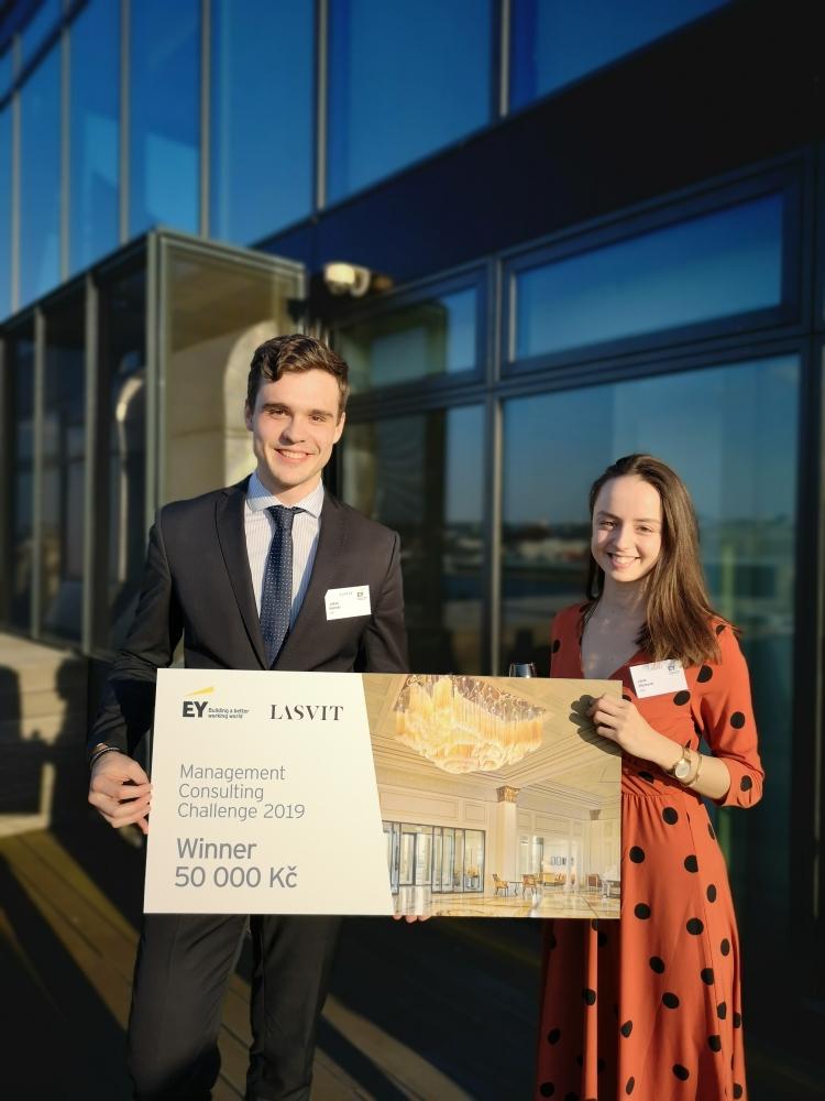 Tým z FMV vyhrál Management Consulting Challenge 2019