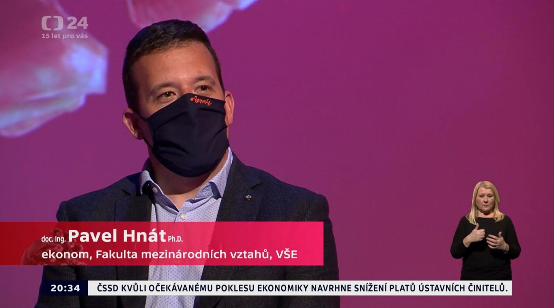 """Doc. Pavel Hnát vystoupil ve speciálu Daniela Stacha """"Země v nouzi"""" na ČT24"""